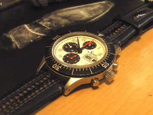 Sinn 156.B (Sony Family Club Inc. Limited-edition)とKARATE (カラテ)を組み合わせたお客様